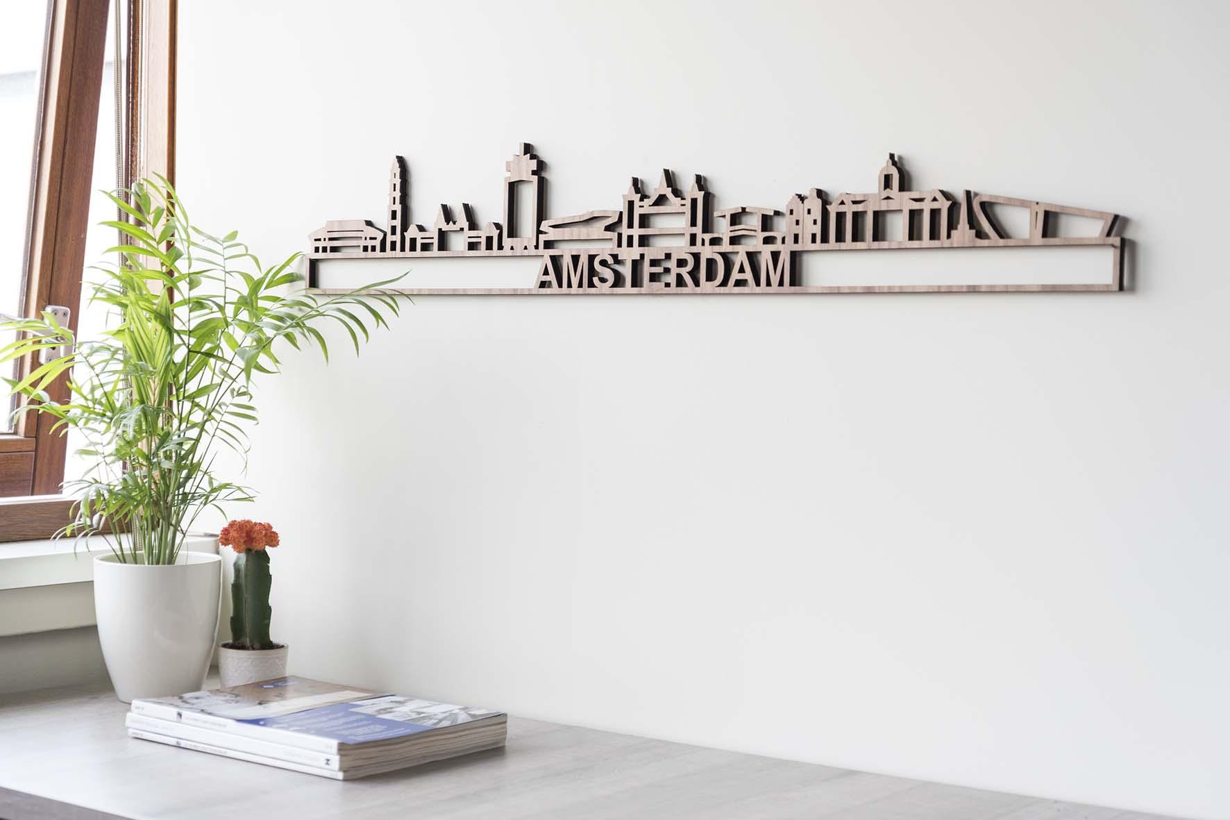 Houten skyline Amsterdam noten