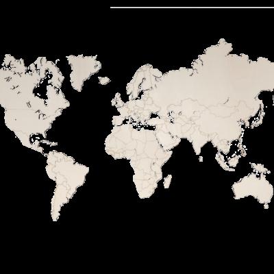 Populieren houten wereldkaart