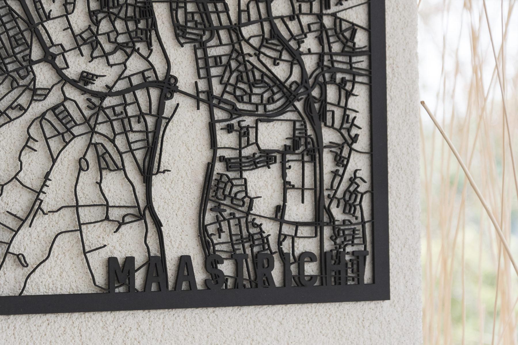 Stadskaart Maastricht zwart hout
