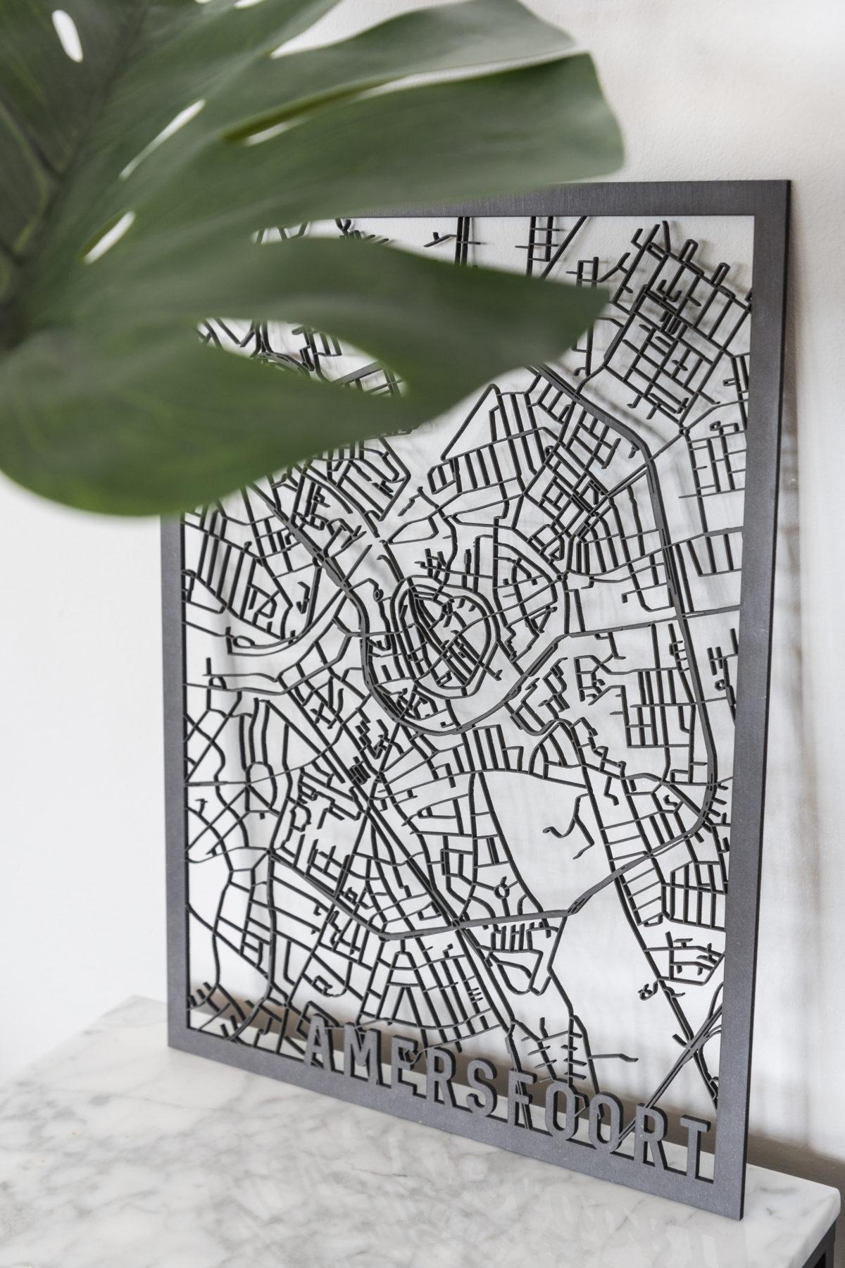 Stadskaart Amersfoort zwart hout