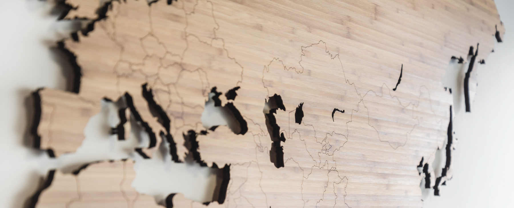 Wereldkaart bamboe hout