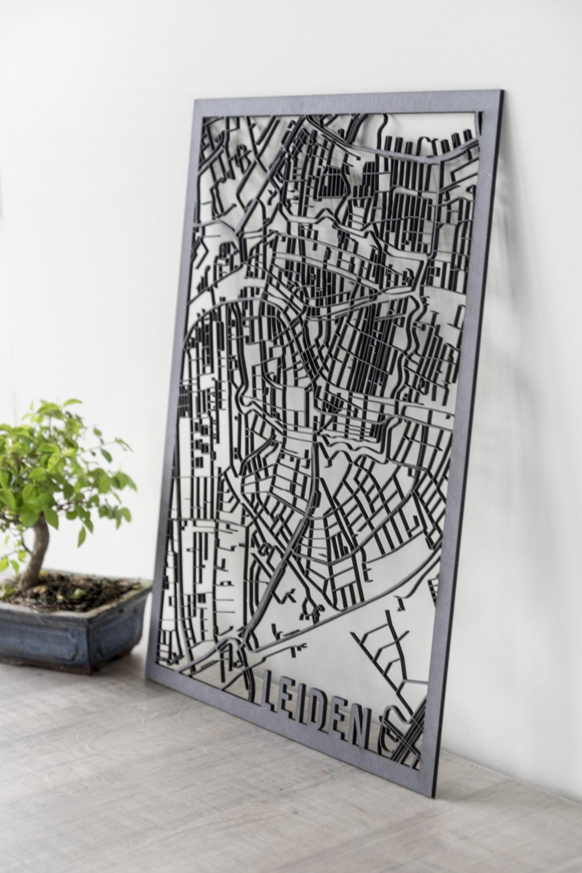 Stadskaart Leiden zwart hout