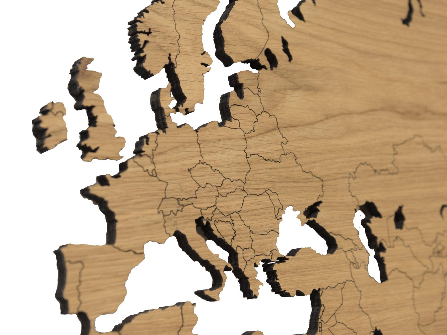 gedetailleerde houten wereldkaart