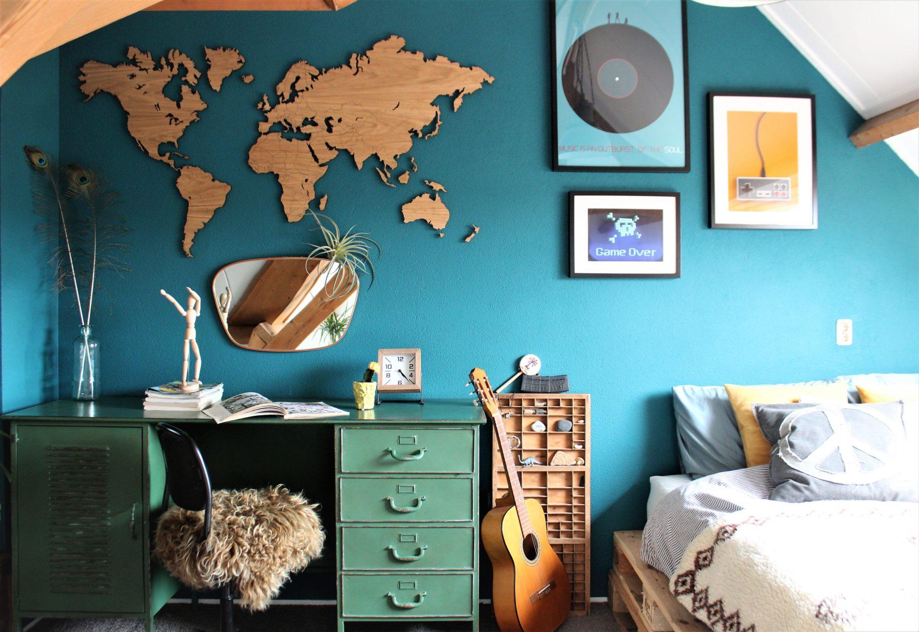 Wereldkaart eikenhout 160cm