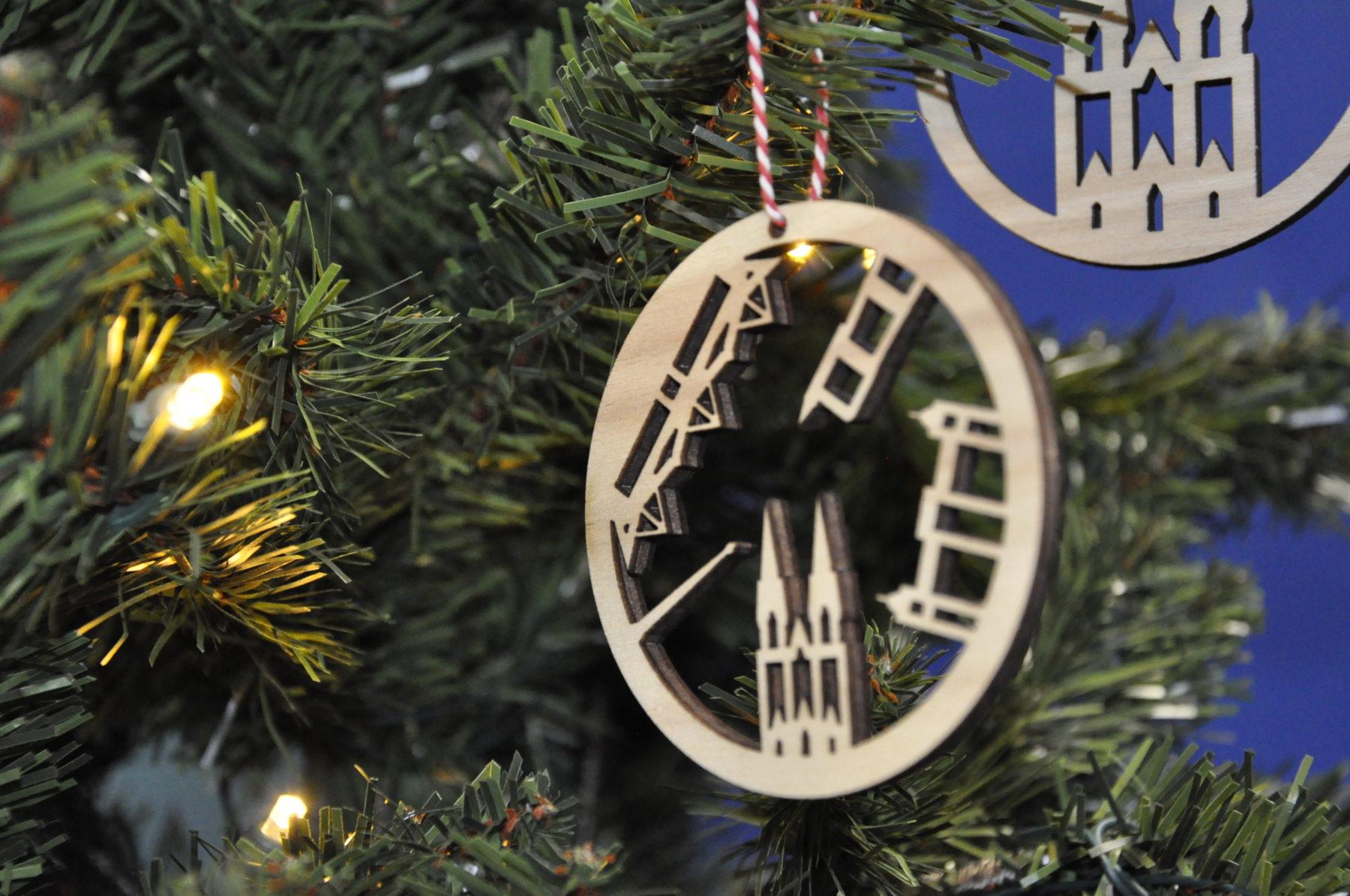 Tilburgse kerstballen