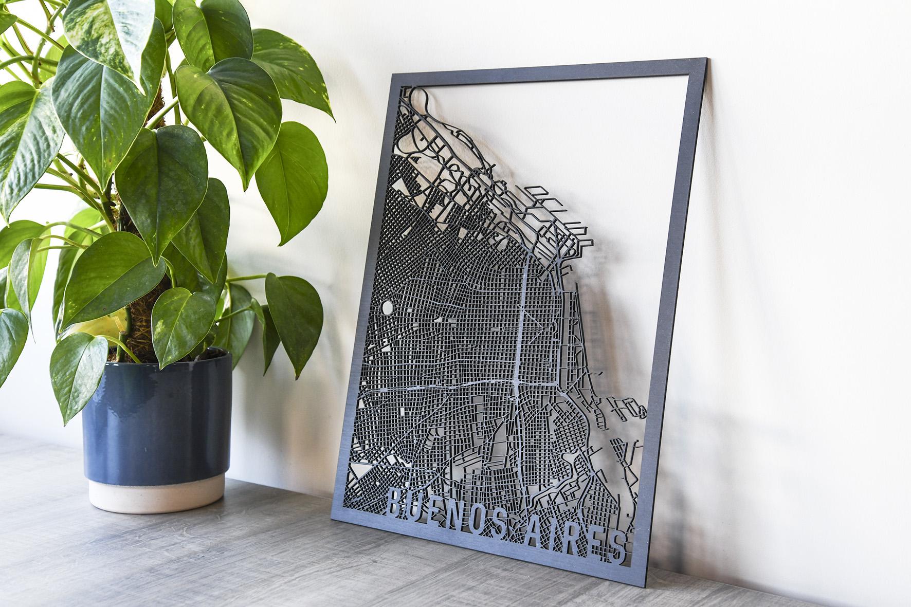 Houten stadskaart Buenos Aires zwart