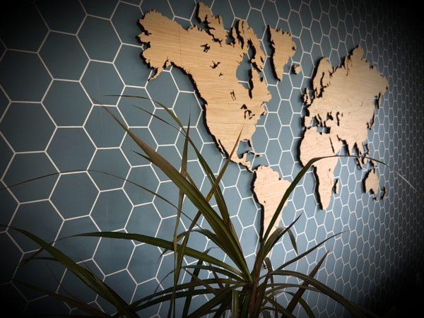 eiken houten wereld kaart
