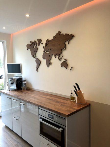 Wereldkaart notenhout