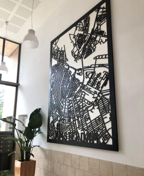 Stadskaart Amsterdam zwart hout