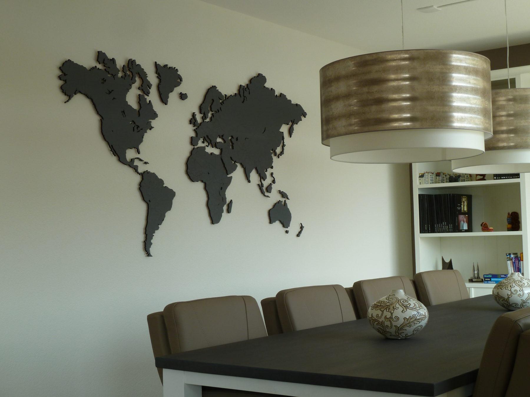 Wereldkaart eiken groot, grijs gebeitst