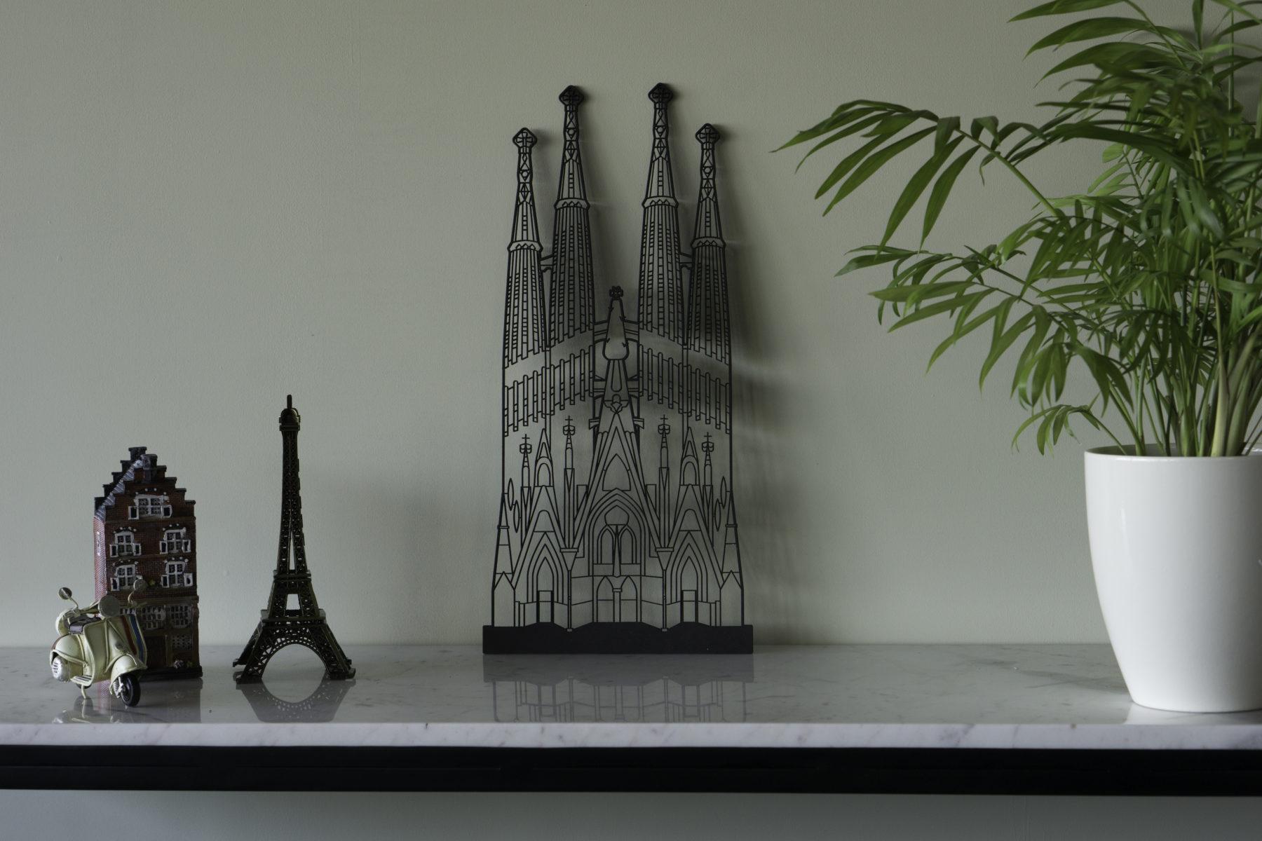 Zwart hout Sagrada Familia