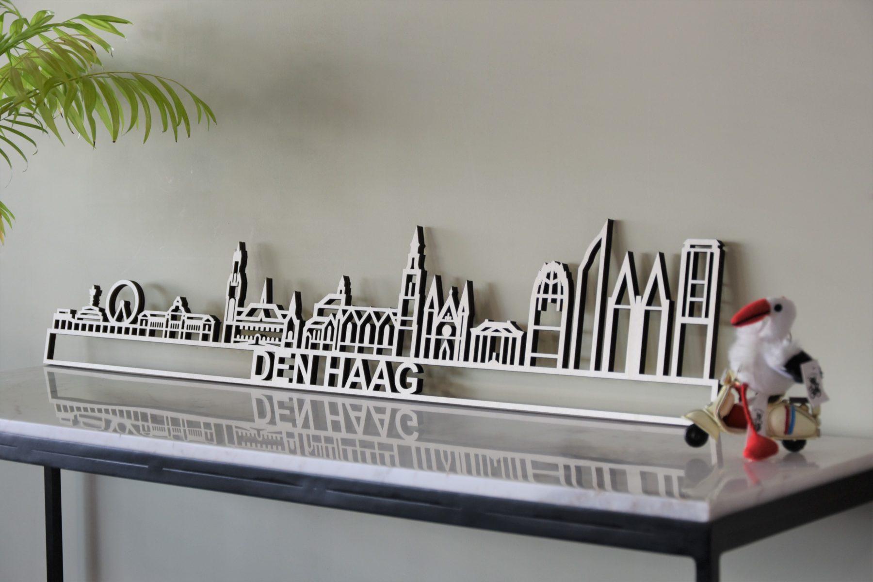 Skyline Den Haag hout met Kurhaus