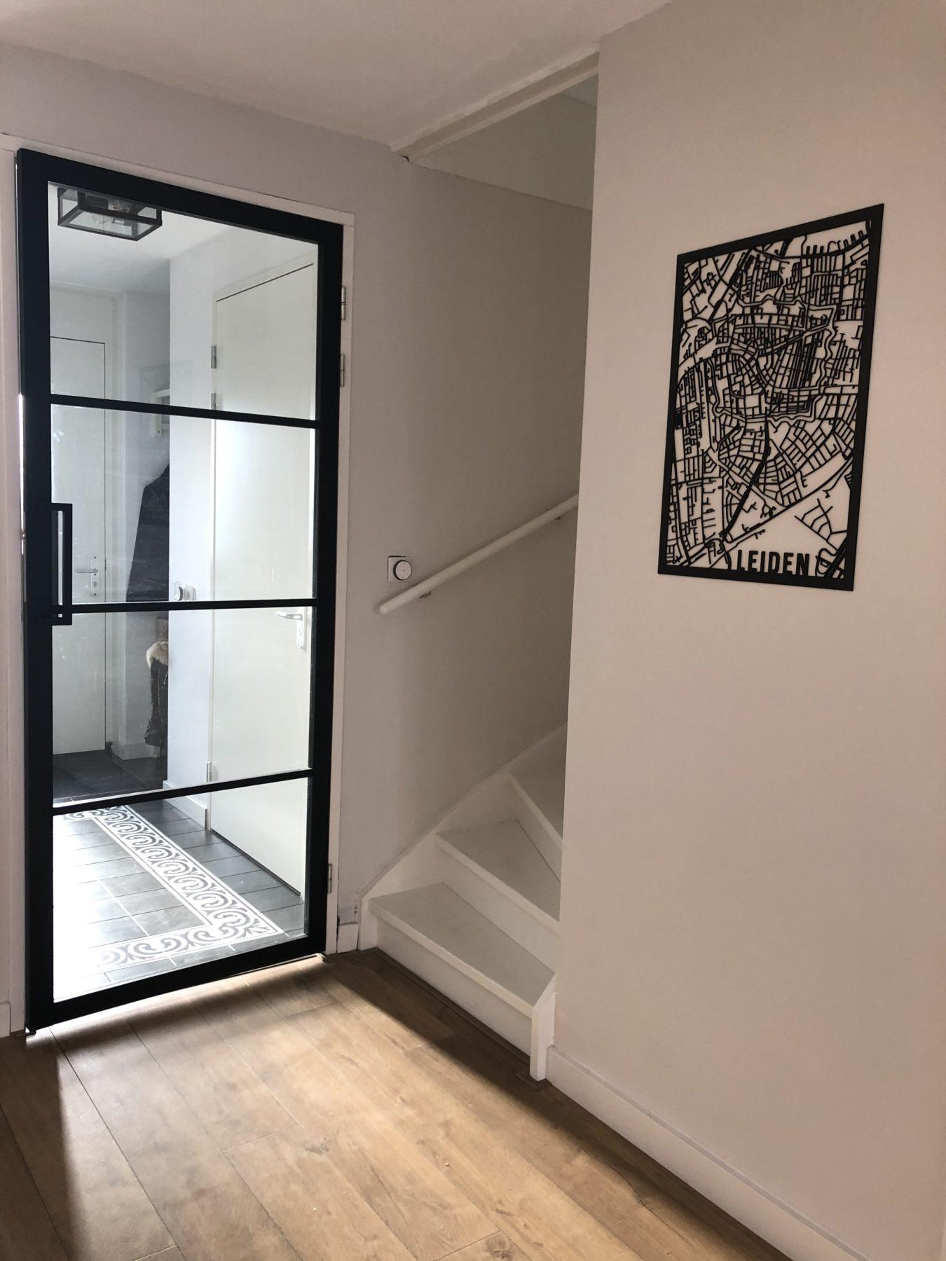 Delft 50x70cm zwart mdf